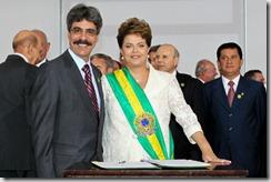 Ministro das Relações Institucionais Luiz Sergio e a presidenta Dilma Roussef