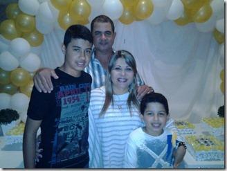Helter Ferreira,com sua esposa Fátima Gonçalves Almeida e filhos