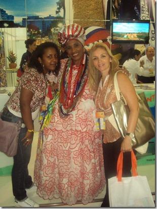 Sabina da Lux Tour tb presente na ABAV 2012