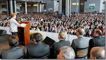 Presidenta Dilma Rousseff durante cerimônia de abertura do Encontro Nacional com os novos Prefeitos e Prefeitas. Brasília-DF. Foto Roberto Stuckert Filho PR