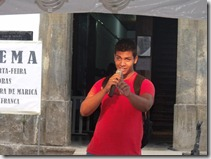 Jovens participaram da leitura de poesias no Varal Cultural