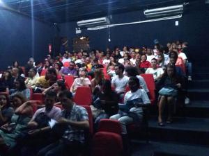 Público da MOSTRA GIL VICENTE onde se apresenta a peça Inês de casa... Inês que Casa do Grupo DJOTA