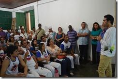 Sala Darcy Ribeiro lotada de pessoas para assistir aos vídeos e participar das palestras.