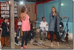 no palco Janine e Dalva