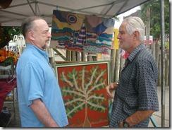 Mestre da arte da Tapeçaria do Espraiado Elidio Garcia dos Santos, expondo suas obras na Feira Cultural Maricá Mostra Cultura em 2011. (foto Rosely Pellegrino).   (4)