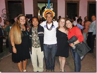 A idealizadora do projeto Rosely Pellegrino, o Cacique da Aldeia Maracanã, o Cacique Tupã, Maria Penha Historiadora e a arquiteta Renata Gama