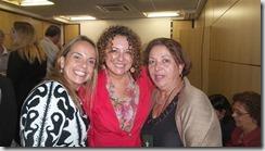 A presidente Municipal do PT Maricá, Zeidan, com Lurian Silva e nossa ministra de Direitos Humanos Ideli Salvati