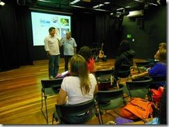 Secretário Municipal de Cultura de Maricá Romário Galvão e o Professor Sergio Aranda no lançamento do projeto de musicalização nas escolas. Foto Rosely Pellegrino