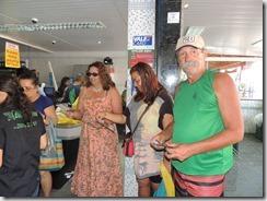 Zeidan faz caminhada e panfletagem em Cordeirinho, para esclarecer sobre as obras da Av. Maysa 20.08 (59)