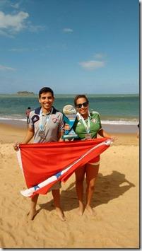 Prova Natação em Rio das Ostras, no pódio Pedro e Mariana Mello medalhas de prata