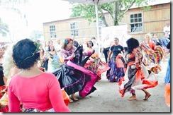 Deputada Zeidan participa da dança cigana no Dia de Combate a Violência contra o Idoso